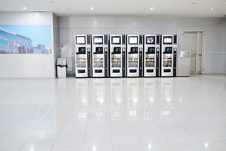 commercial-building-with-vending-machinese