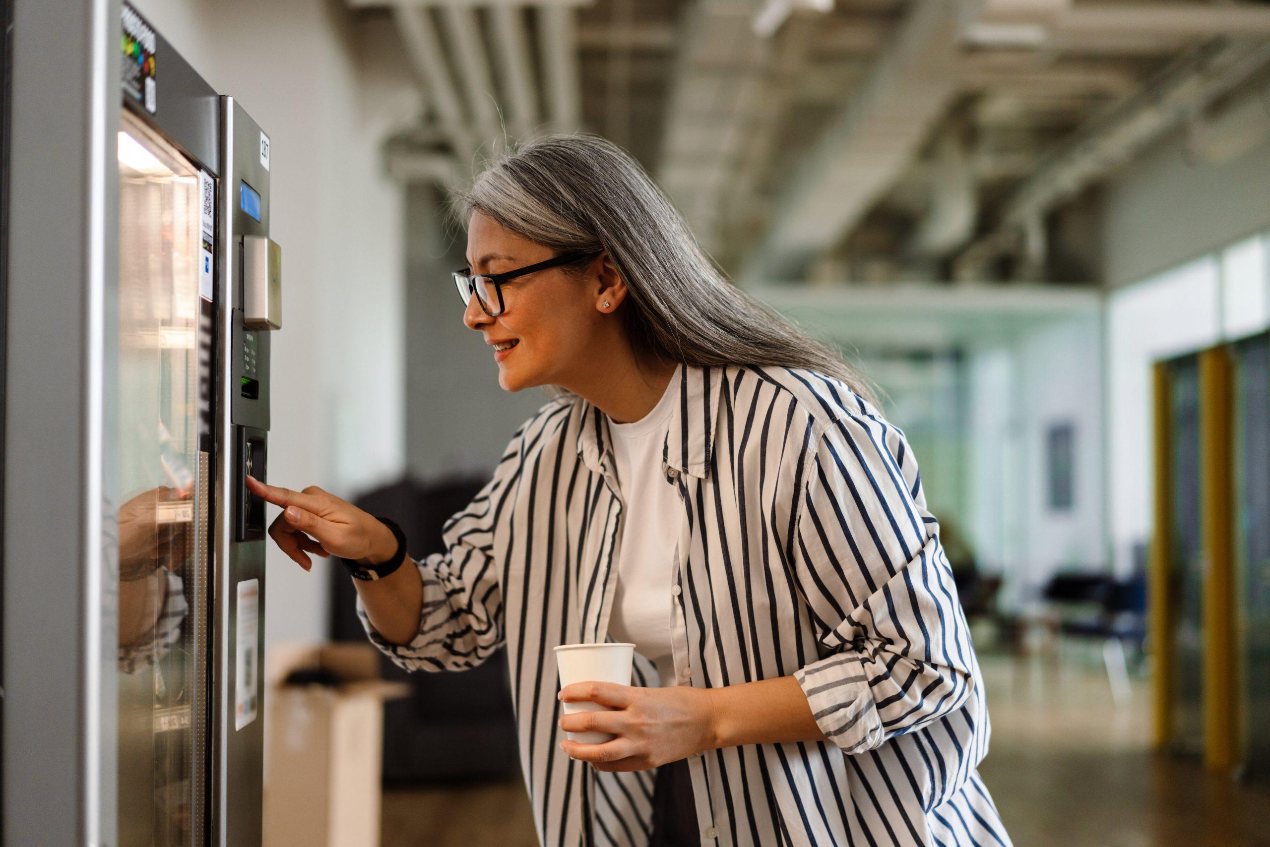 healthy vending machine phoenix | vending machines | vending machines in Phoenix | Phoenix vending